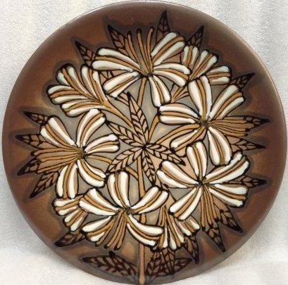 ЛКСФ Декоративная тарелка «Белые Хризантемы» 1970 е - ЛКСФ Декоративная тарелка «Белые Хризантемы»