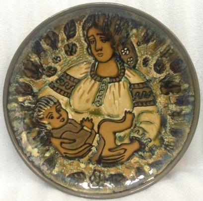 Декоративная тарелка «Мать и Дитя» ЛКСФ 1960 е - Декоративная тарелка «Мать и Дитя» ЛКСФ