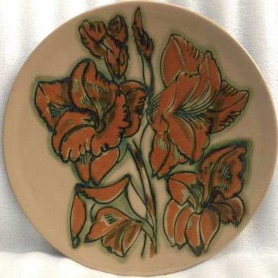 ЛКСФ Декоративная тарелка «Гладиолусы» 1970 е - ЛКСФ Декоративная тарелка «Гладиолусы»
