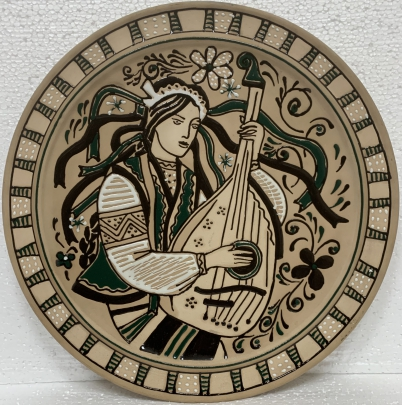 Декоративная тарелка «Украинка» ЛКСФ 1970 е - Декоративная тарелка «Украинка» ЛКСФ